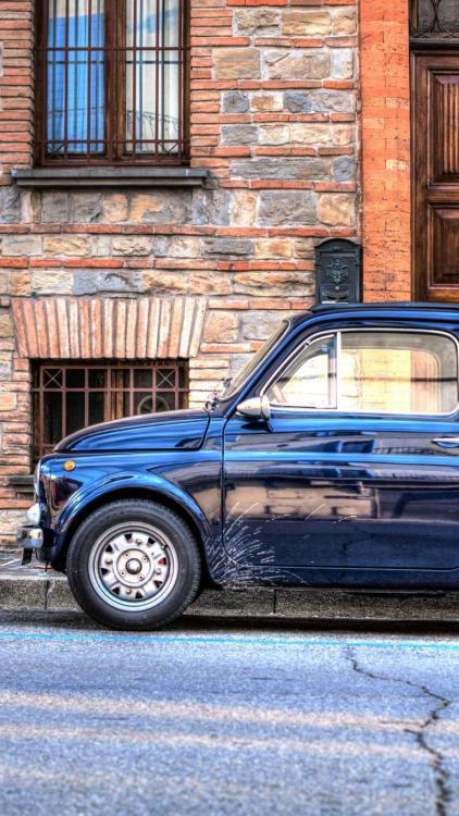 Auto Mini Retro.jpg