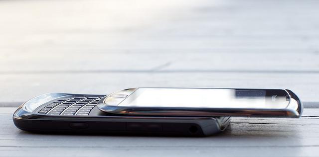 BlackBerry Torch 9800 корпус