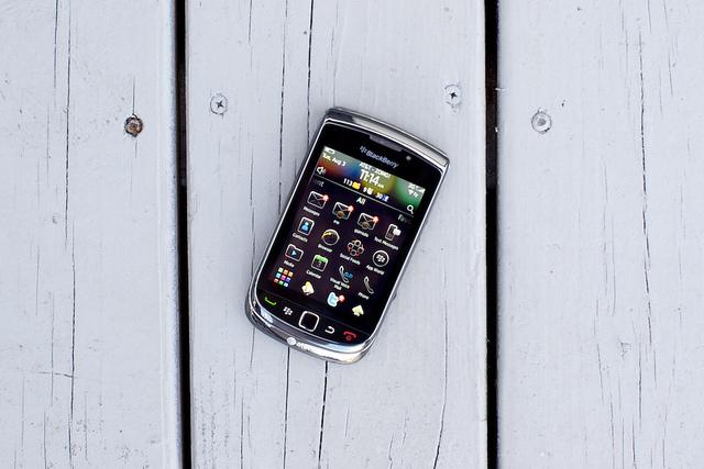 приложения на дисплее BlackBerry Torch