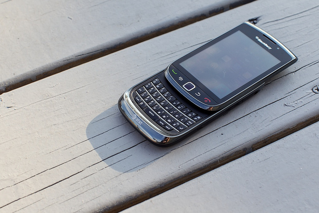 Blackberry Torch мультимедия и видео