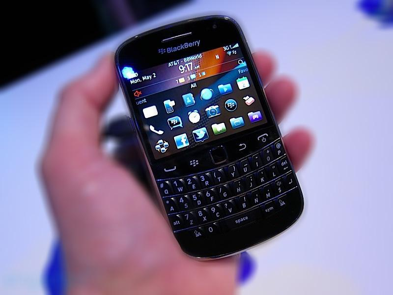BlackBerry Bold 9930 / 9900 - 4