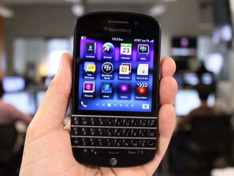 Обзор BlackBerry Q10