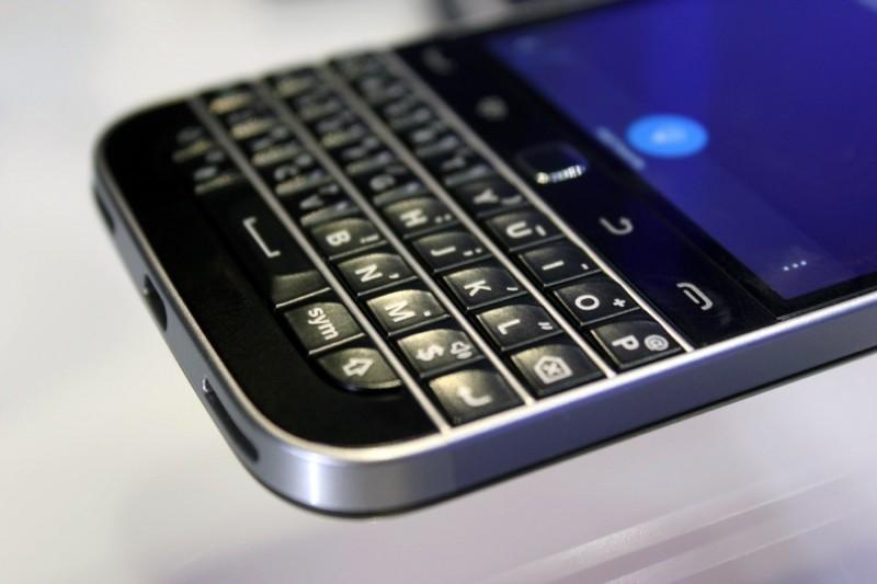 blackberryclassic 04